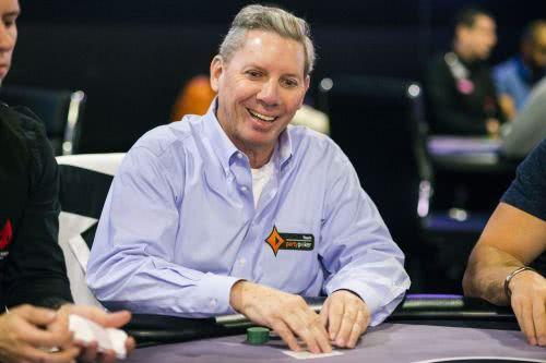 扑克圈知名人士Mike Sexton因前列腺癌正在临终关怀