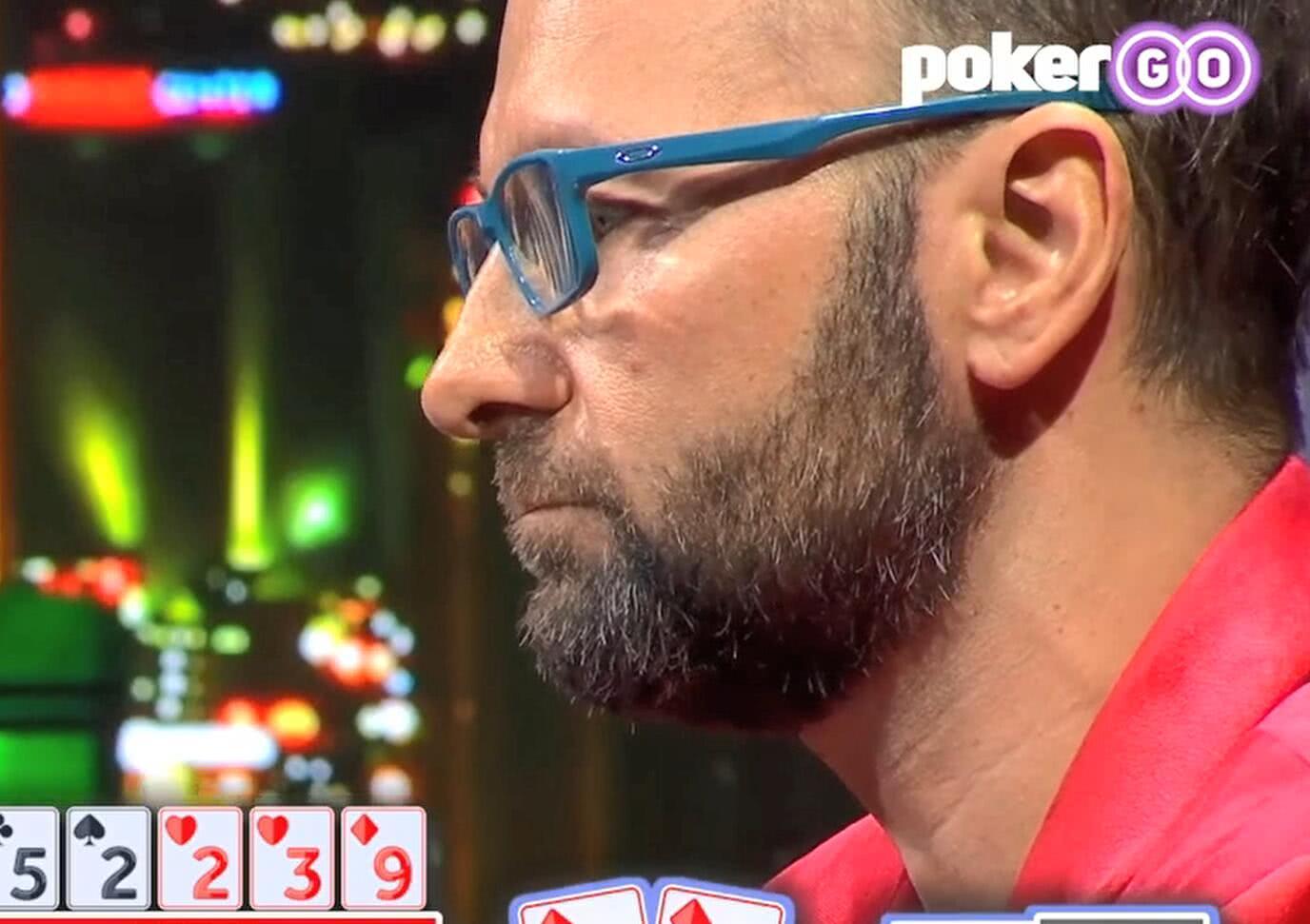【辣眼视频】丹牛这手AK被牌面搞懵,两张延时卡用完居然还是支付了他
