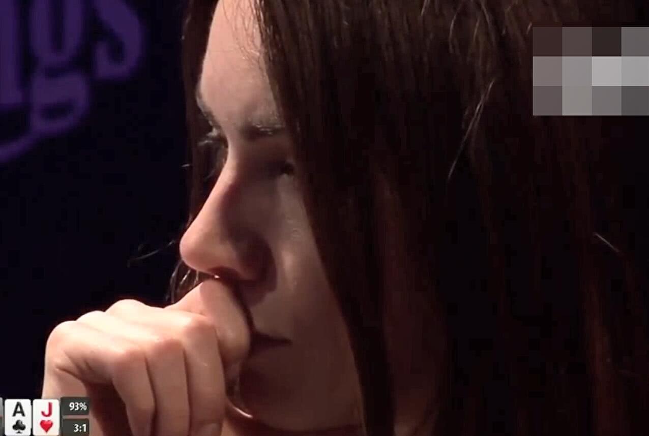 【辣眼视频】Liv Boeree被男友猛打两条街被解说成男的诈唬?这水平也能当解说?